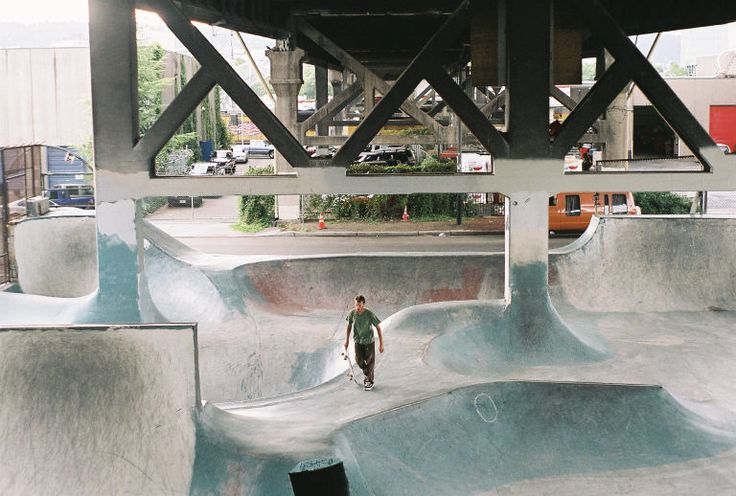 https://upload.wikimedia.org/wikipedia/en/7/77/Portlandskate.jpg