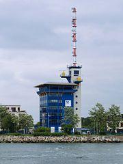 Rostock Warnemuende Lotsenstation 2011-05-17.jpg