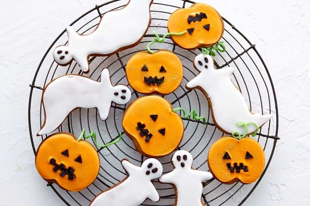 Put a smile on little faces with these spooky Halloween gingerbread cookies.