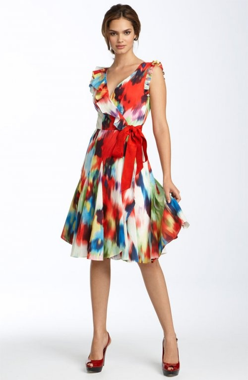 Ted Baker London 'Gingie' Floral Wrap Dress for a pear shaped body.