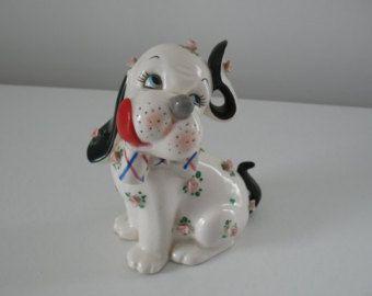 Vintage Napco cane figurina / porcellana cucciolo banca di Giappone in ceramica floreale kitsch cottage shabby chic vivaio bambino arredamento metà secolo lefton cane