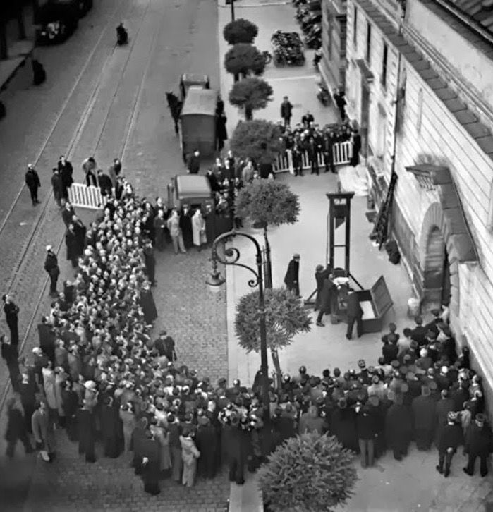 The last public execution by guillotine in France - 1939. The inmate was Eugen Weidmann. The execution was also covertly filmed and the clip is on YouTube. The guillotine continued to be used privately in France until 1977.