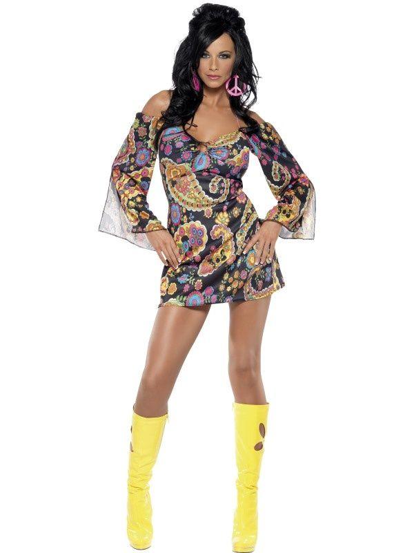 Uwodzicielski strój w hippisowskim stylu