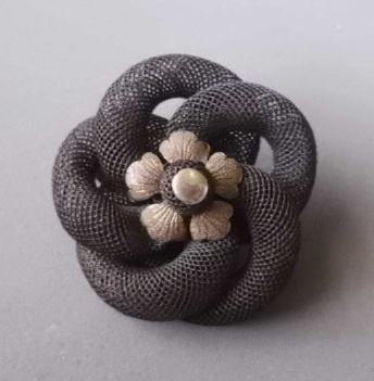 Mourning hair brooch