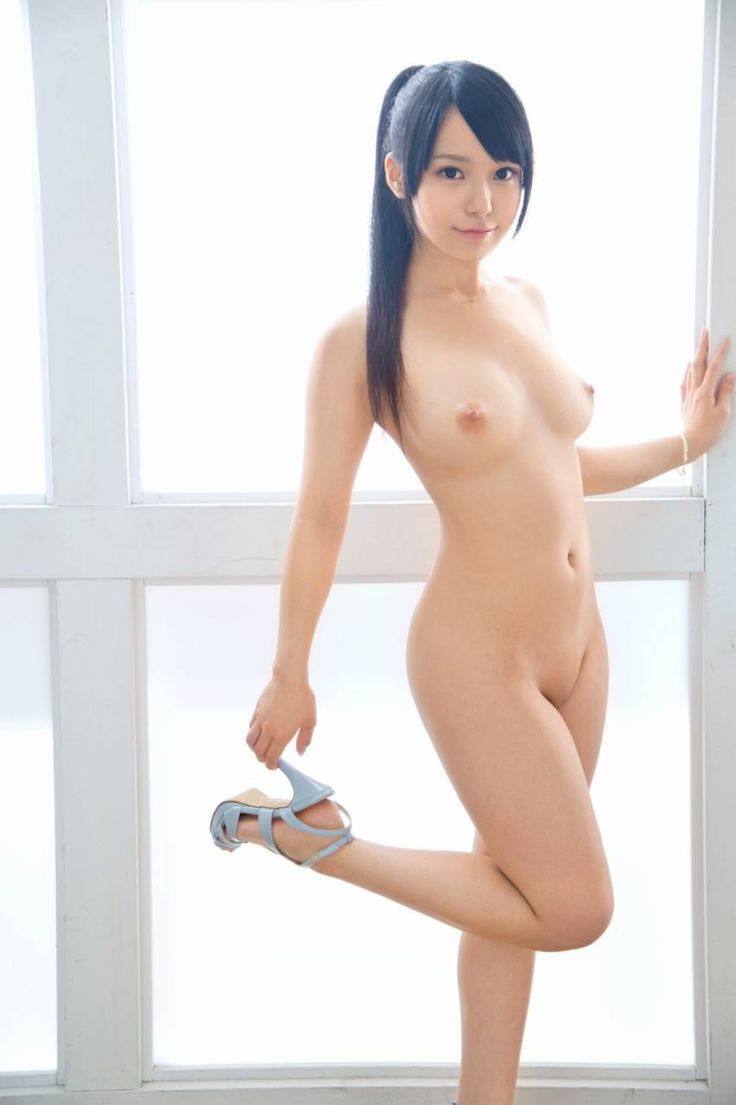 Almost naked japanese girls, naked girl in sink
