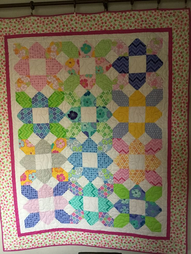 Modern Happy Flowers Quilt, Quilts for Sale, Handmade Quilt, Quilt for Teen, Quilts as Gifts by NonnaQuilts on Etsy