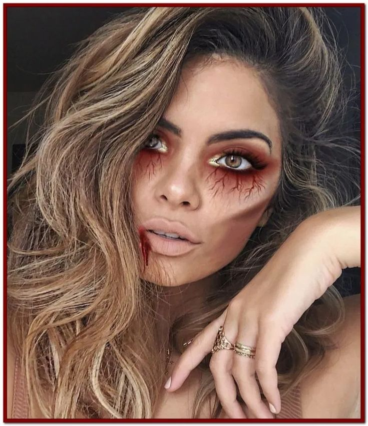 √34 Best Glam and Sexy Vampire Makeup Ideas This Years #makeupideas #halloween…