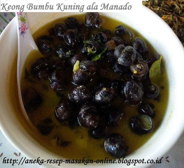 RENGA (keong sawah) BUMBU KUNING ALA MANADO  Yuk simak resepnya http://aneka-resep-masakan-online.blogspot.co.id/2015/11/resep-masakan-manado-renga-bumbu-kuning.html