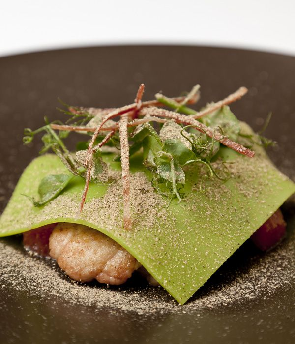For a truly divine lamb sweetbreads recipe, look no further than this incomparable creation by Steve Drake. Choose sweetbreads which are white-pink, plump and firm.