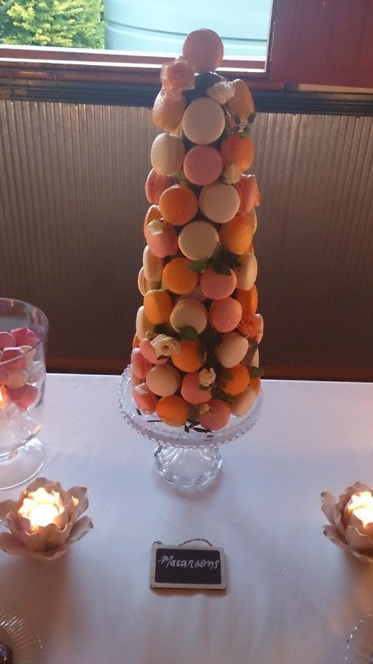 My very own macaroon tree, including fairy floss(orange), salted caramel(white) and Turkish delight(pink).
