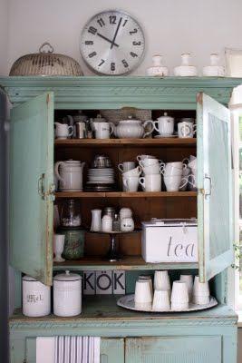turquoise - mint Kijk voor uniwke oude meubels in natureltinten of mooie pasteltinten bij WWW.OLD-BASICS.NL webshop vol vintage, brocante shabby chic en landelijke stijl !