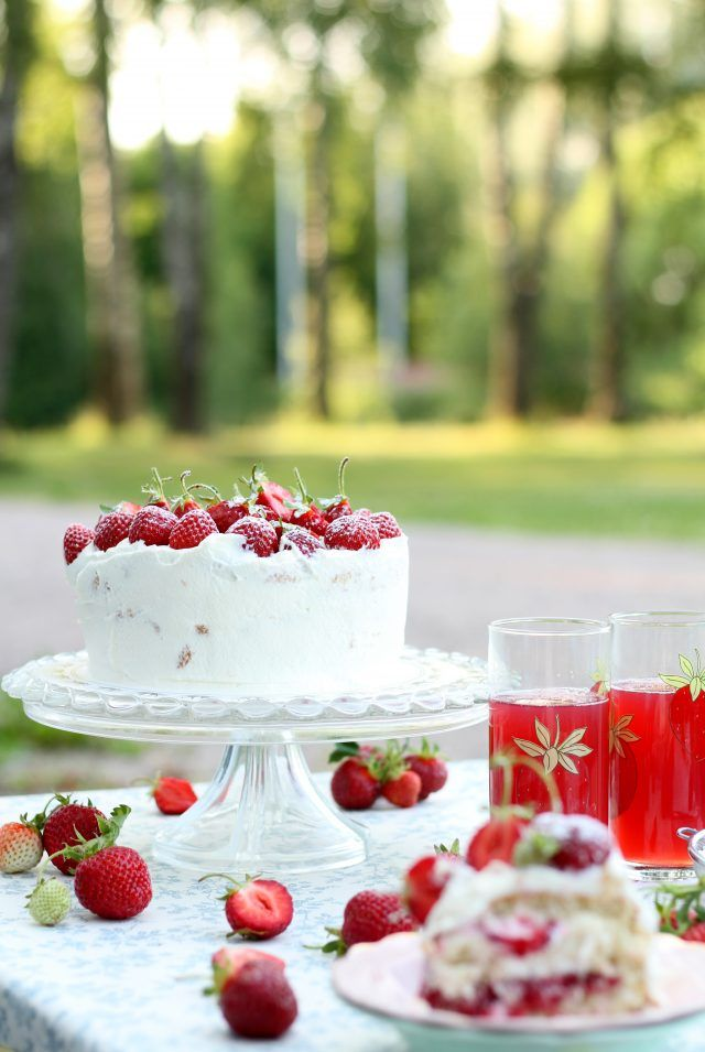 Sommartårta med Jordgubb
