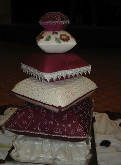 1000+ images about Pillow cake on Pinterest | Pillow Cakes ...