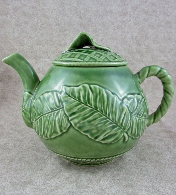 22 best images about pottery on pinterest apple water - Bordallo pinheiro portugal ...