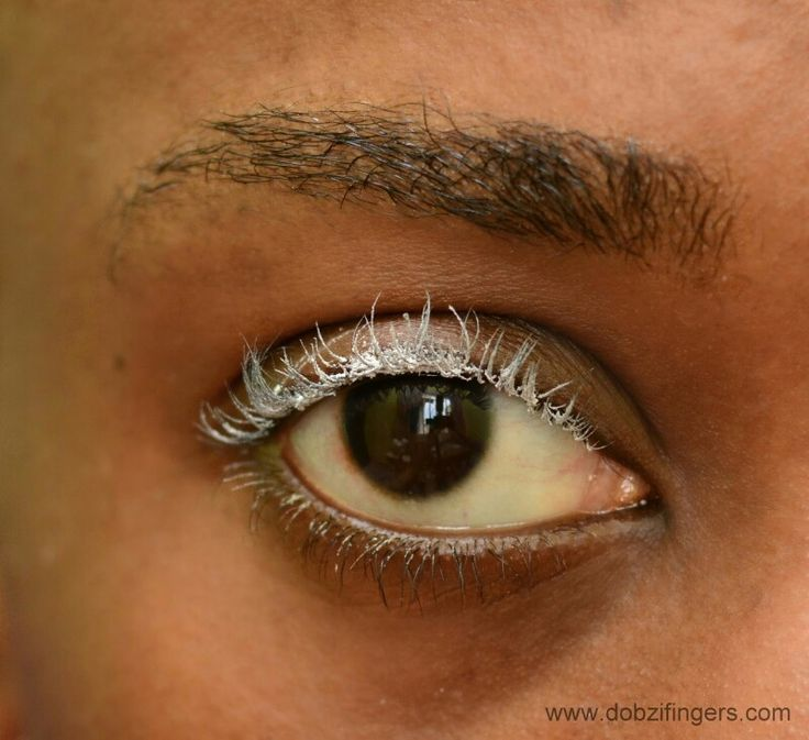 Apply baby powder on your eyelashes before applying mascara to give more length and volume