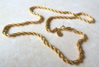 Vintage Gold Tone Rope Necklace By Napier.