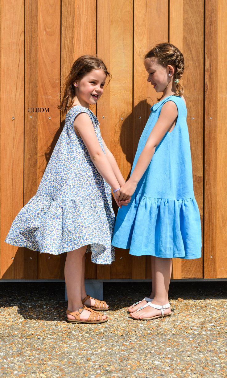 Jade et Juliette portent une robe Patou