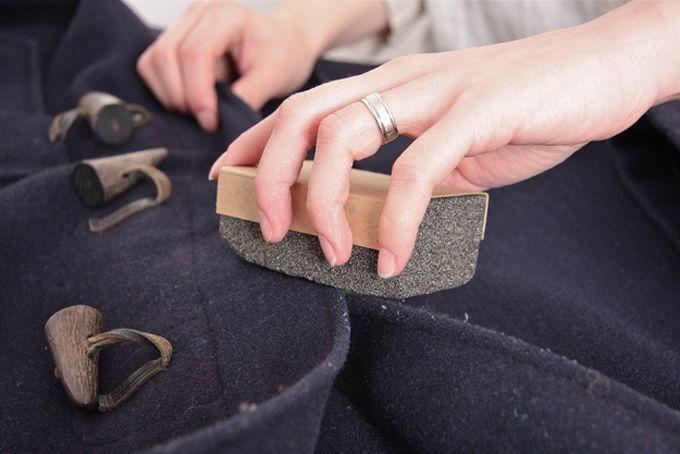 Use pedra-pomes para tirar pelos da roupa