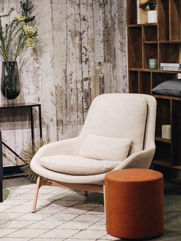 Field Lounge Chair In 2020 Modern Lounge Chair Design Modern Lounge Chairs Lounge Chair Bedroom