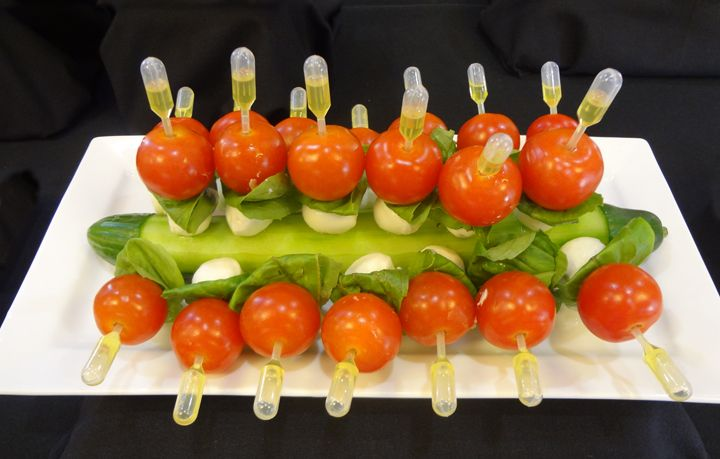 Caprese skewer log pipette food pinterest skewers for Pipette cuisine