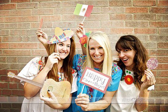Fabulous Cinco de Mayo Photo Booth Props via The Dating Diva!