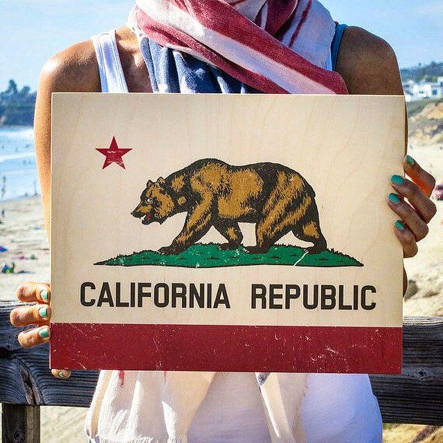 California Flag, California Print, Print On Wood, California Wall Art, California Bear Print, California Bear, California Wall Decor by WoodLifePrints on Etsy https://www.etsy.com/listing/245205904/california-flag-california-print-print