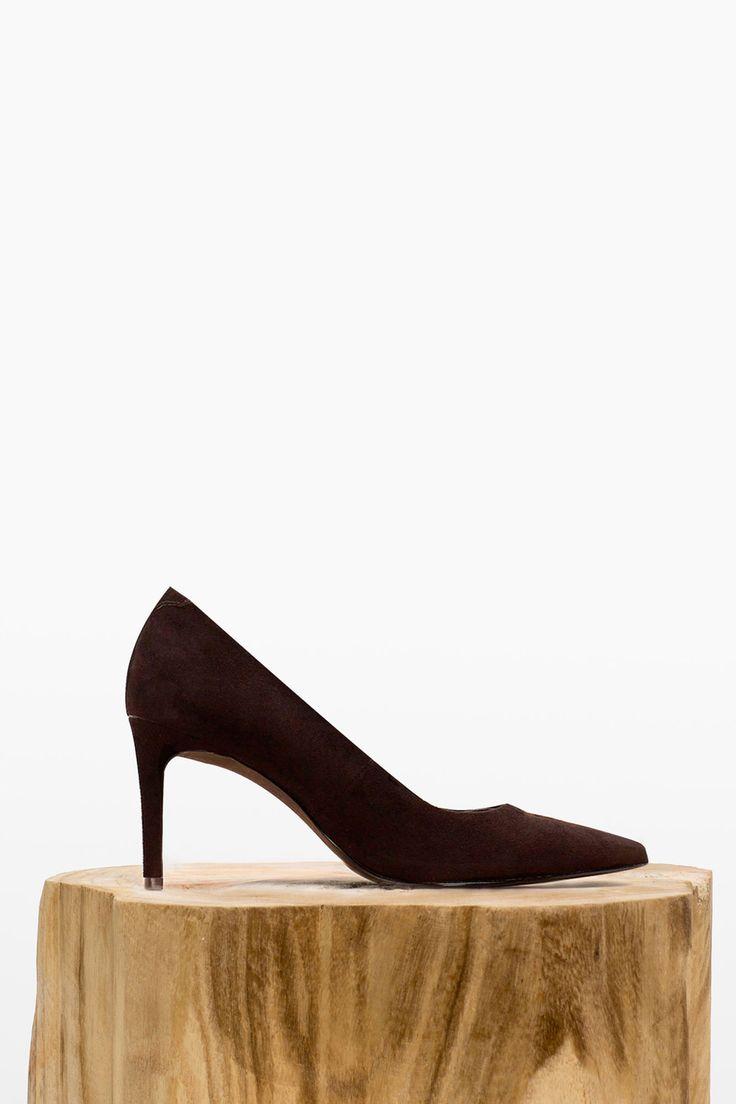 Suede pump   Shoes   Cortefiel Man & Woman