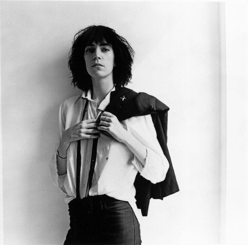 ^ Patti Smith by Robert Mapplethorpe (1975)    http://www.bbc.com/culture/story/20150630-patti-smith-mapplethorpe-promise   https://www.lomography.com/magazine/121216-album-photography-robert-mapplethorpe-and-patti-smiths-horses    http://www.tate.org.uk/art/artworks/mapplethorpe-patti-smith-ar00185