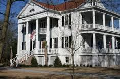 The Historic Kershaw-Cornwallis House provides an eloquent setting for the fundraising gala.