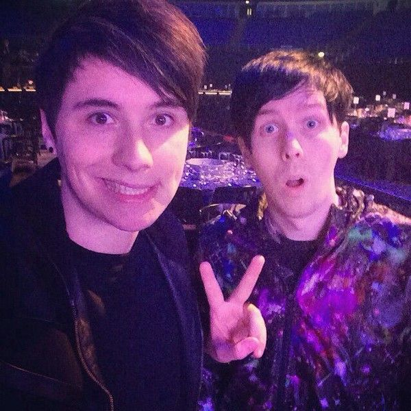 Danisnotonfire and AmazingPhil Dan and Phil ❤ liked on Polyvore featuring dan and phil, youtubers, phan and people