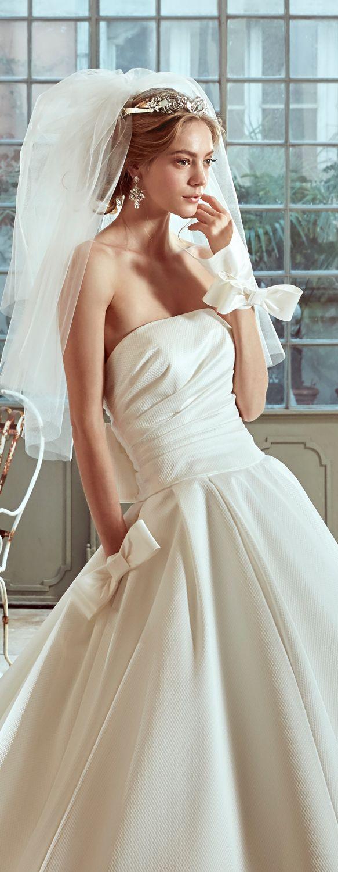 Nicole Ivory princess line dress, in piquè. Nicole 2017 Collection - Wedding dress