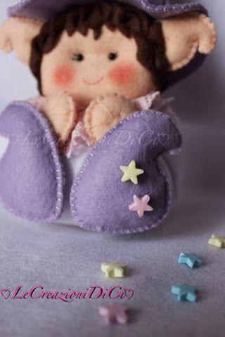 Tante stelle son cadute sul suo piccolo cappello.... Lila Follettina sognatrice è felice,potrà finalmente spargere la sua polvere stell...
