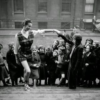 Образы ауры старого медика: ✱ Студенческая Мода, Глазго 1953 год.Ежегодный бла...