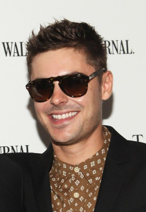 Zac Efron Hair Styles 2013: Cool Short Spiked Haircut for Men