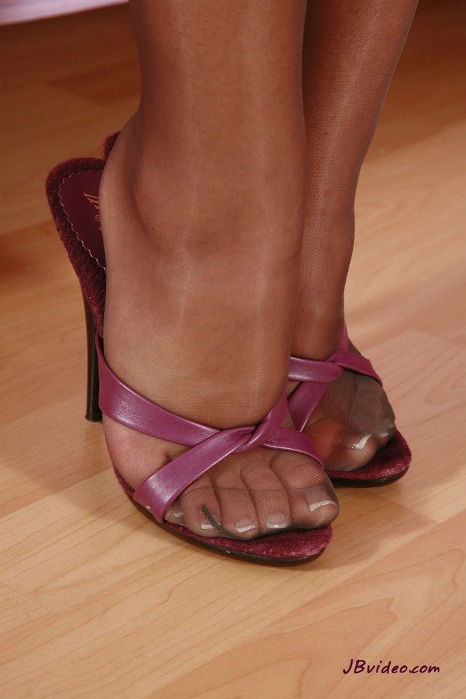 Sandals and pantyhose sex-4245