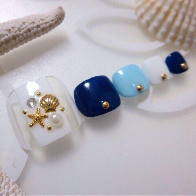 ネイル デザイン 画像 1580090 青 ネイビー 白 ストライプ シェル マリン スターフィッシュ その他 夏 リゾート 海 パーティー チップ フット ショート