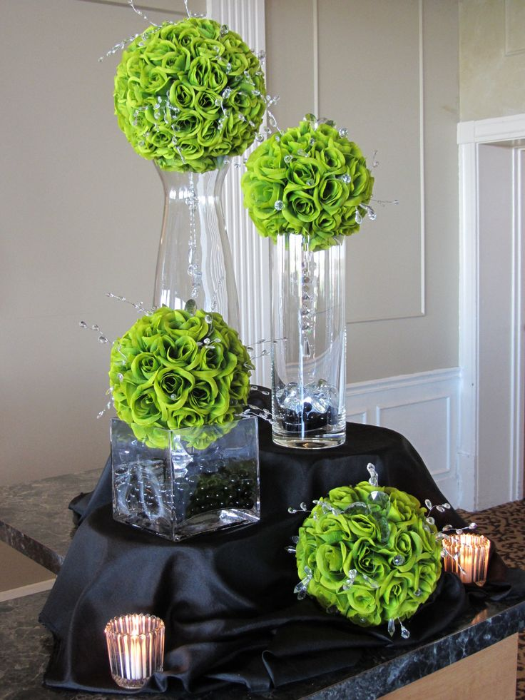 green centerpieces: Wedding Tables, Books Sculpture, Altered Books, Paper Books, Green Weddings, Books Flowers, Books Crafts, Wedding Table Decorations