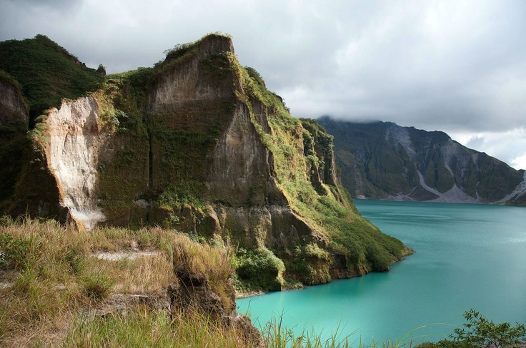 Mount Pinatubo - Philippines   First thing you should know that it`s a volcano that erupted in 1991 - See more at: http://www.thebeautyoftravel.com/worlds-scariest-hikes-that-will-knock-your-socks-off/#sthash.fuj2Xy6V.dpuf