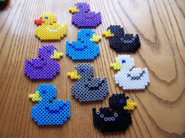 Rubber duck perler beads omg I can't even ahsjeiebdhdifn - perles à repasser : http://www.creactivites.com/229-perles-a-repasser