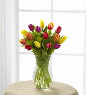 The FTD® Bright Lights™ Bouquet http://www.creationsbylynnoh.com/product/the-ftd-bright-lights-bouquet-2012/display