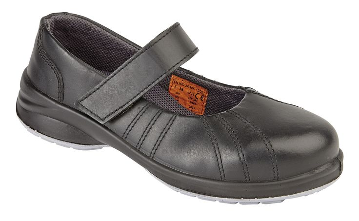 2212: This style is our 'Star Velcro Shoe' similar in style to the 2213 but with a velcro fastener.  RRP £34.95