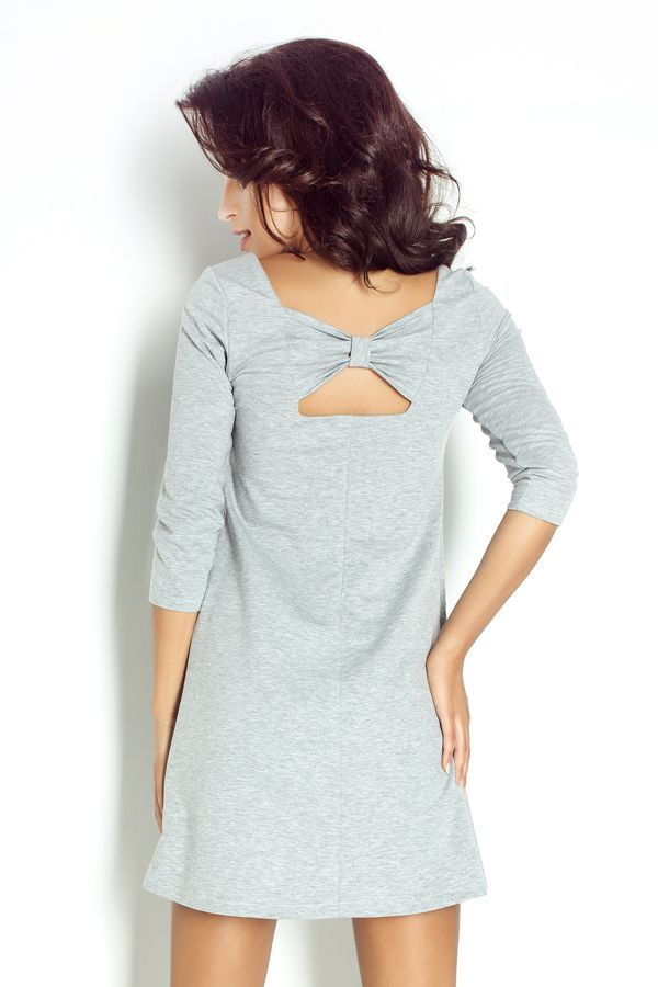 IVON Dzianinowa sukienka z kokardą na plecach model 192 ivon-sklep.pl