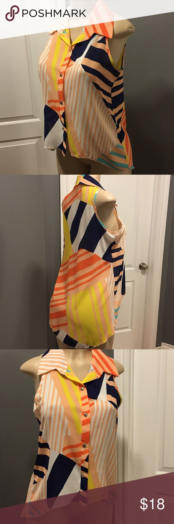 HighLow Top/Blouse. NWOT Beach Wrinkle Free Sz Small. Great summer style. For a great summer outfit, just add the Teal Shinestar Jeggings! Body Central Tops Blouses