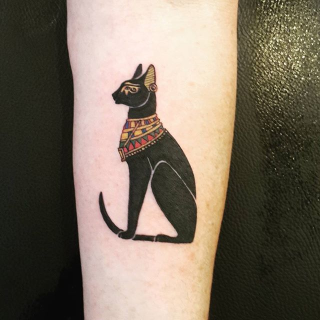 egipcian cat tattoo
