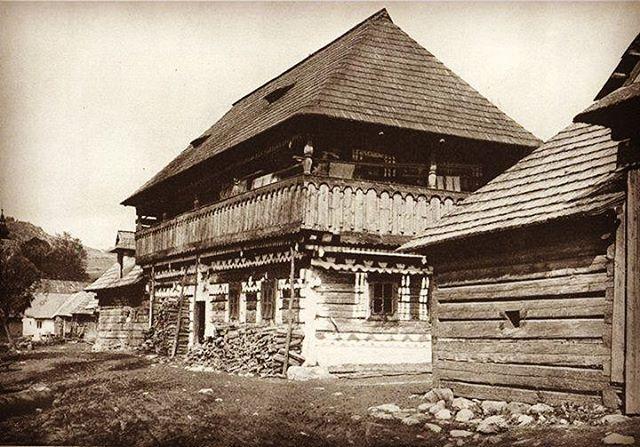 Čičmany pred 100 rokmi  #praveslovenske #cicmany #historia #tradicie #folklor