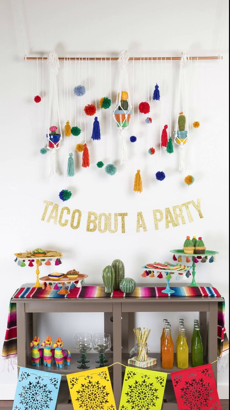 Watch 101 Theme Party Ideas—Because It Ain't a Party Without aTheme video