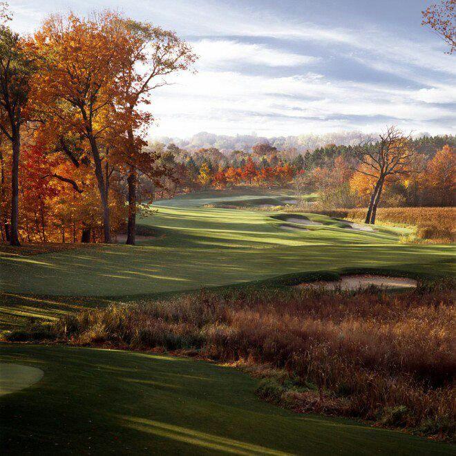 Pin by Chris Engrave on Golf | Golf attire women, Golf