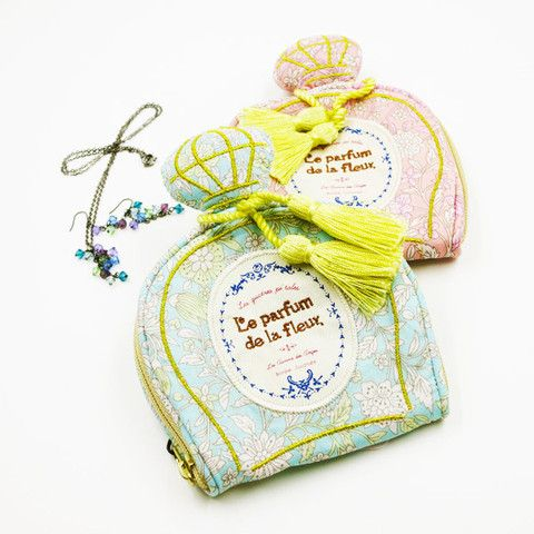 Le Parfum 飾物小袋 / Le Parfun Accessories Pouch  粉色別緻的香水型小袋為收納耳環、介子、頸鍊等飾物而特別設計。最適合外出旅遊、到健身室或游水時攜帶。  Pastel color and perfume bottle shaped is adorable and girly. This pouch is specifically designed for accessories storage. It is easy to carry when you on travel, go gymming or swimming.  #feltwithlove #fgif #happyweekend #happyfriday #accessoriespouch #accessorieslover #cutebag
