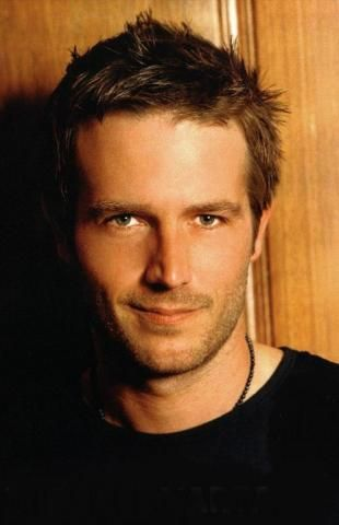 Michael Vartan. One of my favorite people. Fell in love with him during ALIAS! Going to have to have a serious Michael Vaughn marathon!