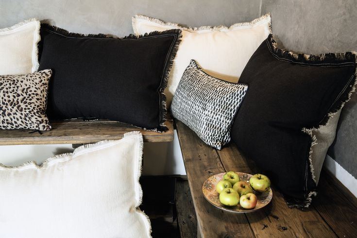 Mix & match the Élitis cushions with style #elitis #cushions #accessories #trendywinter #homedesign